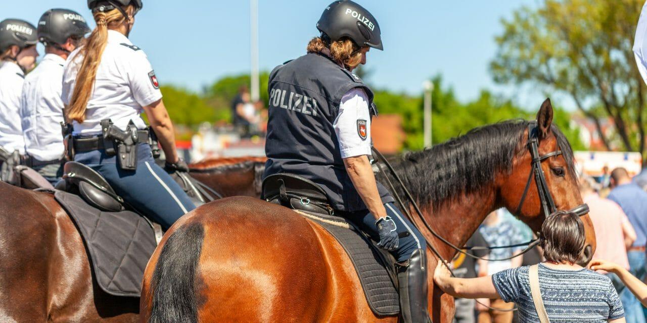 Berittene Polizei: So kommen Sie ans Ziel