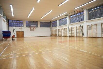 Polizei Sporttest: 100 Meter Lauf in der Halle | Sportprüfung