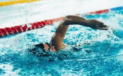 Polizeitest: Schwimmen in der Sportprüfung